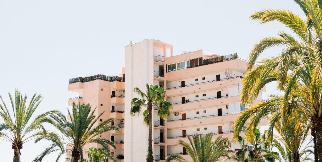 НИЕ и покупка недвижимости в Испании